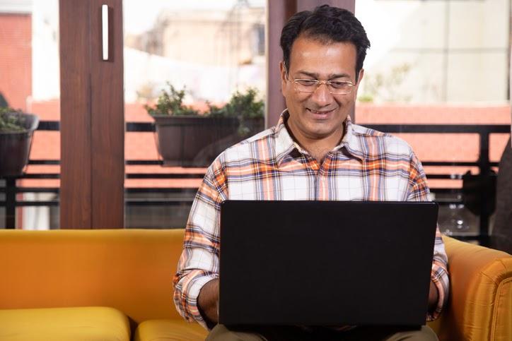 How Nonprofit HR Can Nurture an Intergenerational Workplace